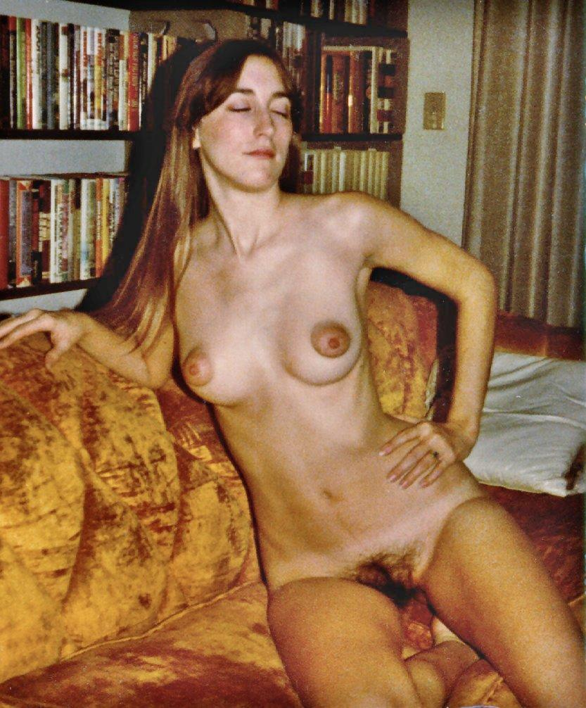 Retro naked women