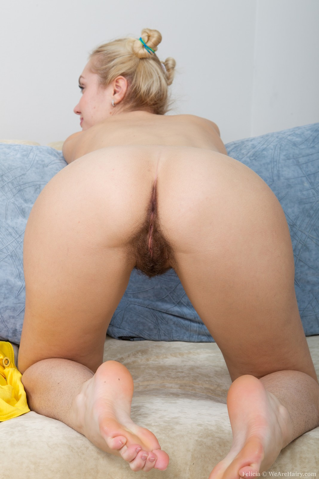 hairy butt nude girls