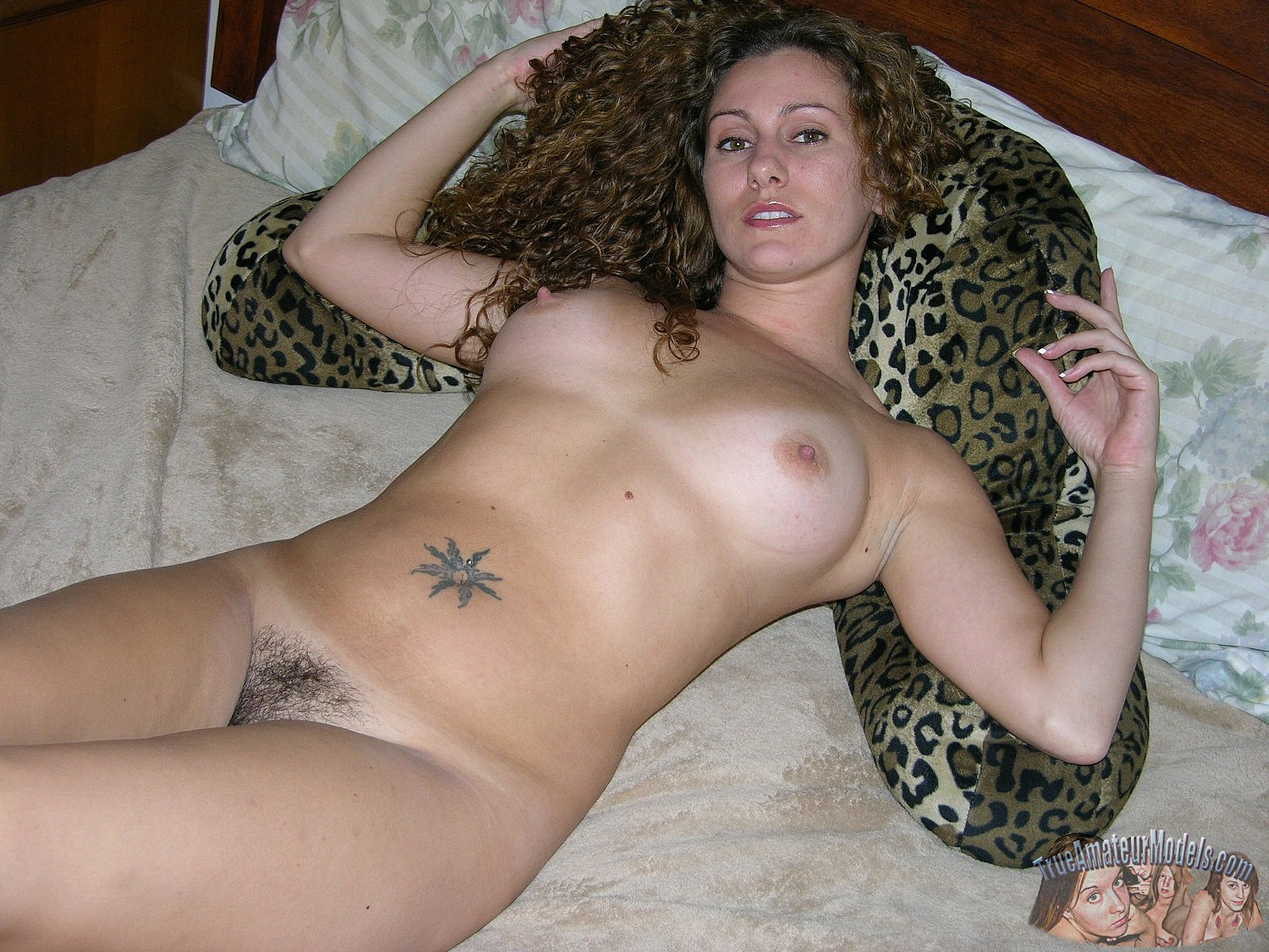 Hairy nude amature — img 3